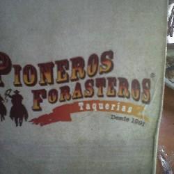 Los Pioneros Forasteros img-0
