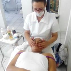 Academia de Belleza y Cosmetologia Venus img-19