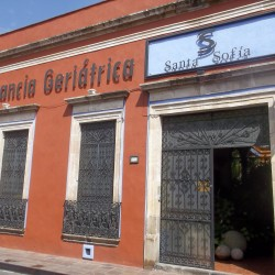 Centro Médico Geriátrico y Gerontológico Santa Sofía img-8