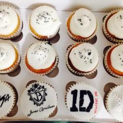 Confetti Cupcake Cafe img-5