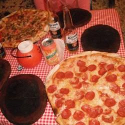 Nichos Pizzería Manantiales img-2