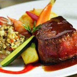Restaurant (Banquetes el Yugo) img-2