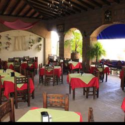 Restaurante Caracuaro 2 img-6