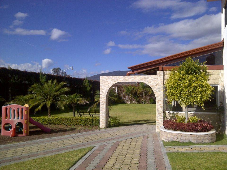 Deco jardin waterloo nice maison design - Deco jardin chaussee de waterloo tours ...