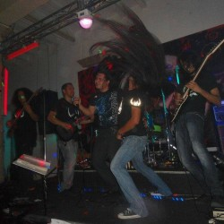 Viuda Negra Rock Bar img-11